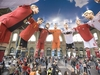 Figuren Bemalung, Dummy, Skulptur, Figurengestaltung, Lackierung, Werbefiguren, 3D Figuren, 3D Objekte, Werbelackierung, Airbrush, Airbrushlackierung, Figuren bemalen, Deko Figuren, Dekoration, Zürich, EM 2008, Adidas, Impossible Huddle